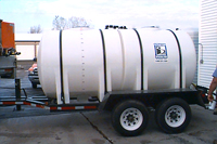 Anti-icing trailer with 1850 gallons capacity